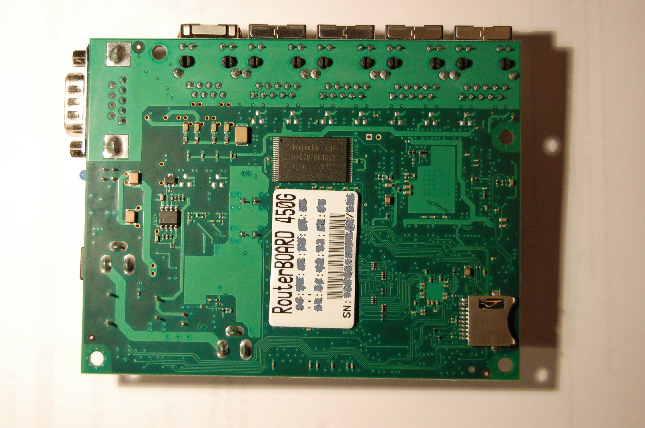 Router Board 450G - backside with microSD slot