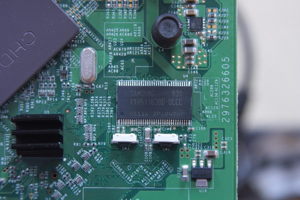 Netgear WNDR3700 v1 with 128 MB RAM Mod